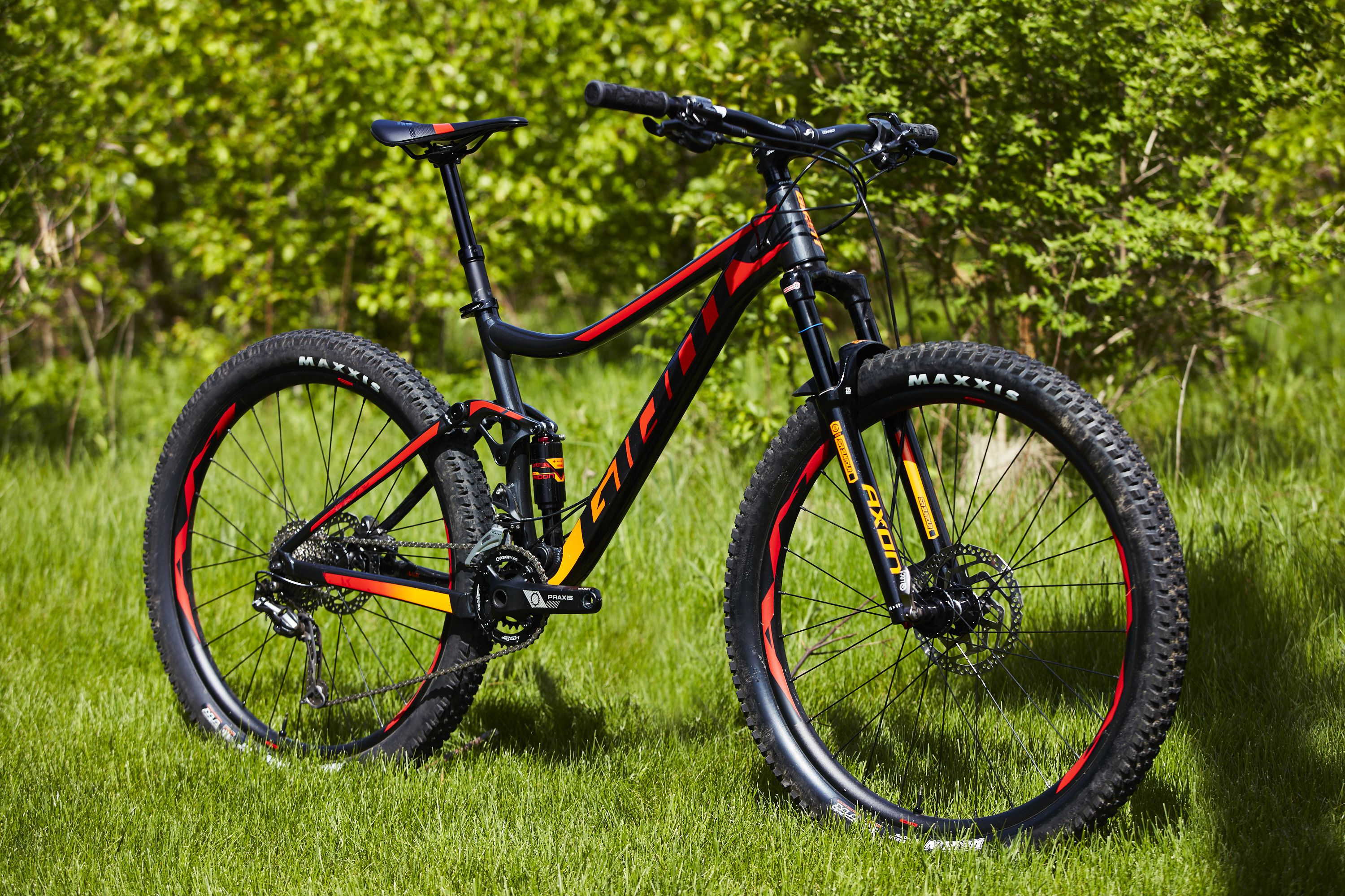 29b9fcf705f Cheap Mountain Bikes 2019 | Best Mountain Bikes Under $1,000
