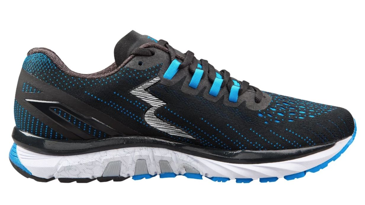 asics running shoes overpronation year